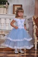 Нежно-голубое платье
